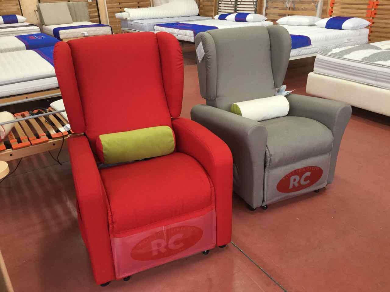 Poltrone relax divani e letti imbottiti materassi for Materassi e materassi